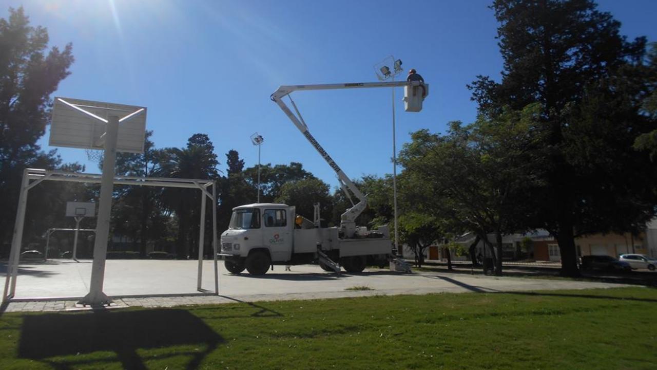 Servicios Públicos en Oliva