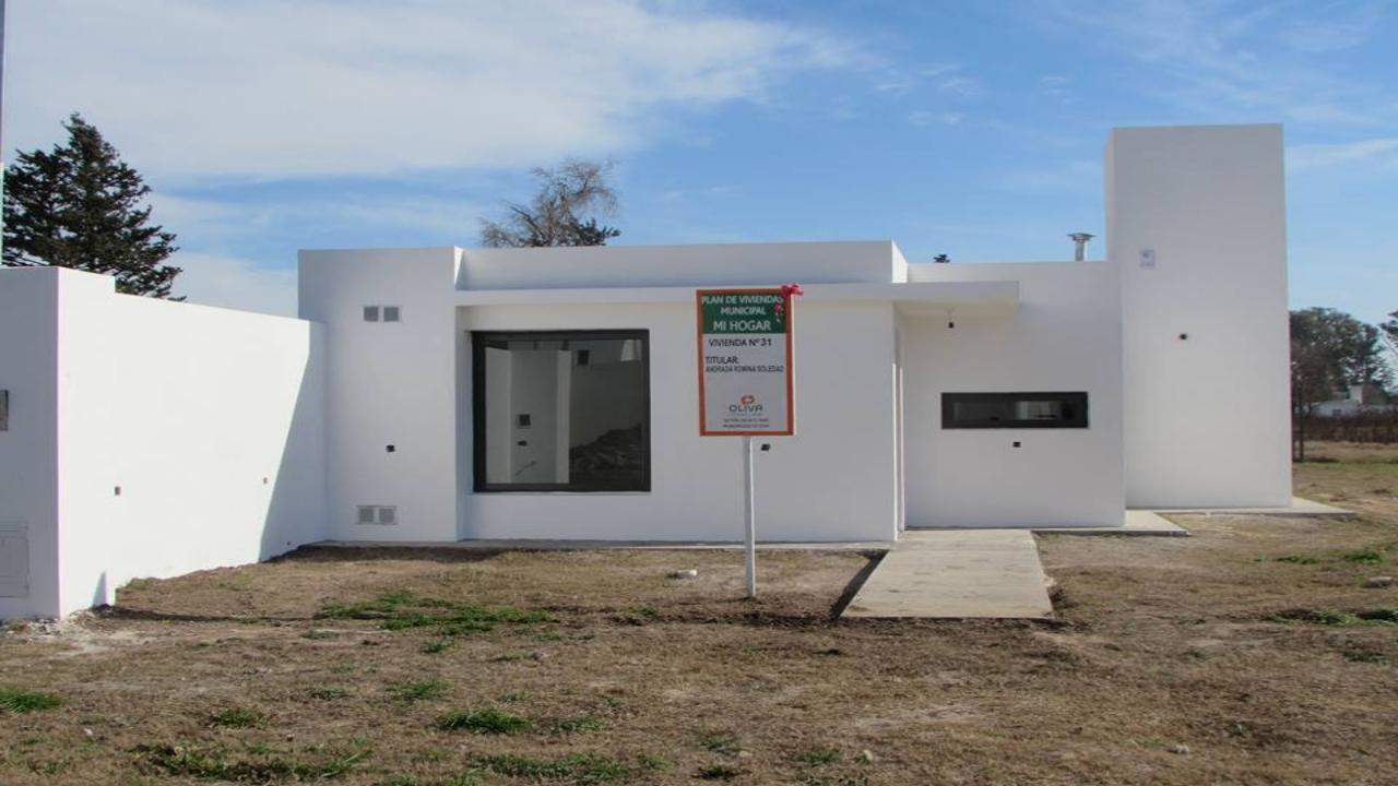 Entrega de viviendas en Oliva