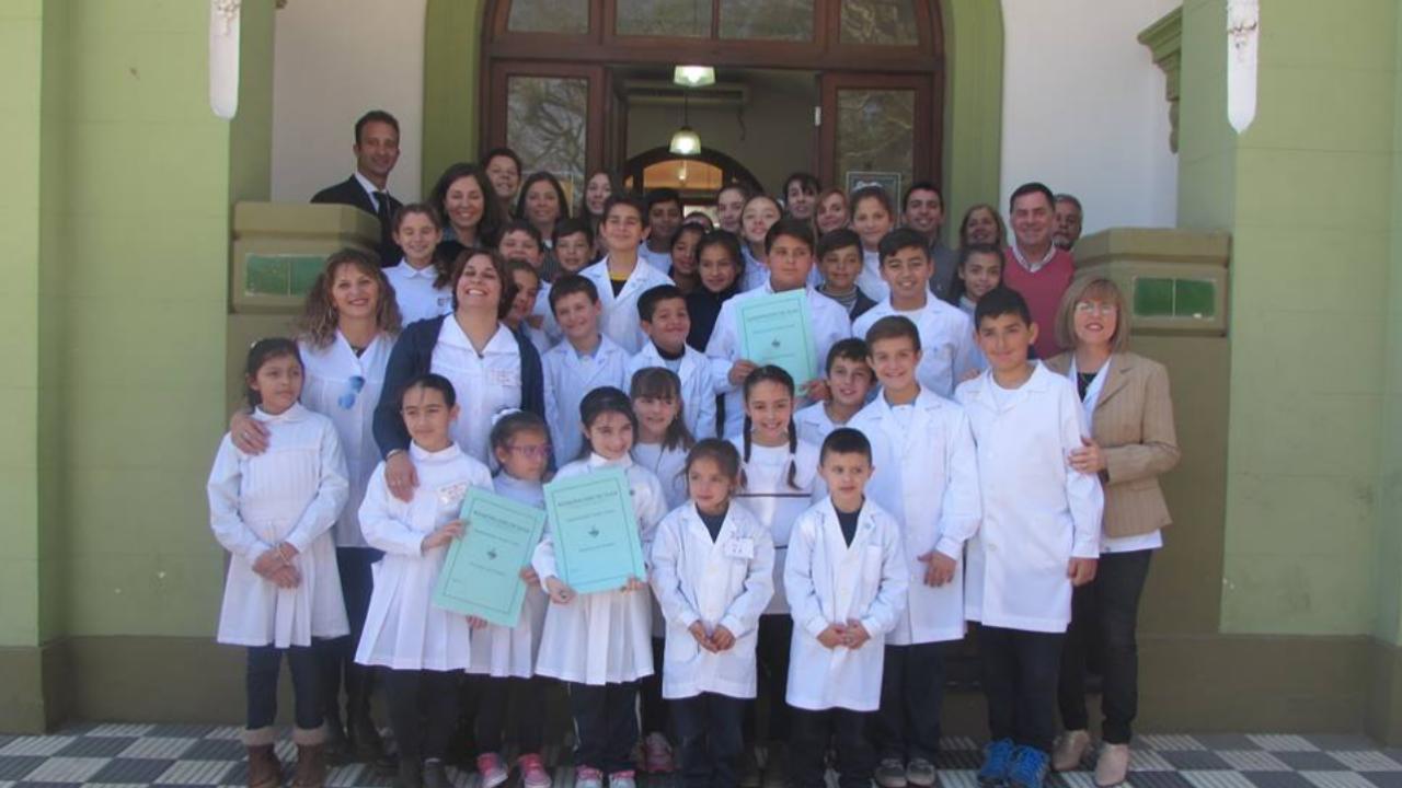 Reconocimiento a alumnos por la Feria de Ciencia 2017