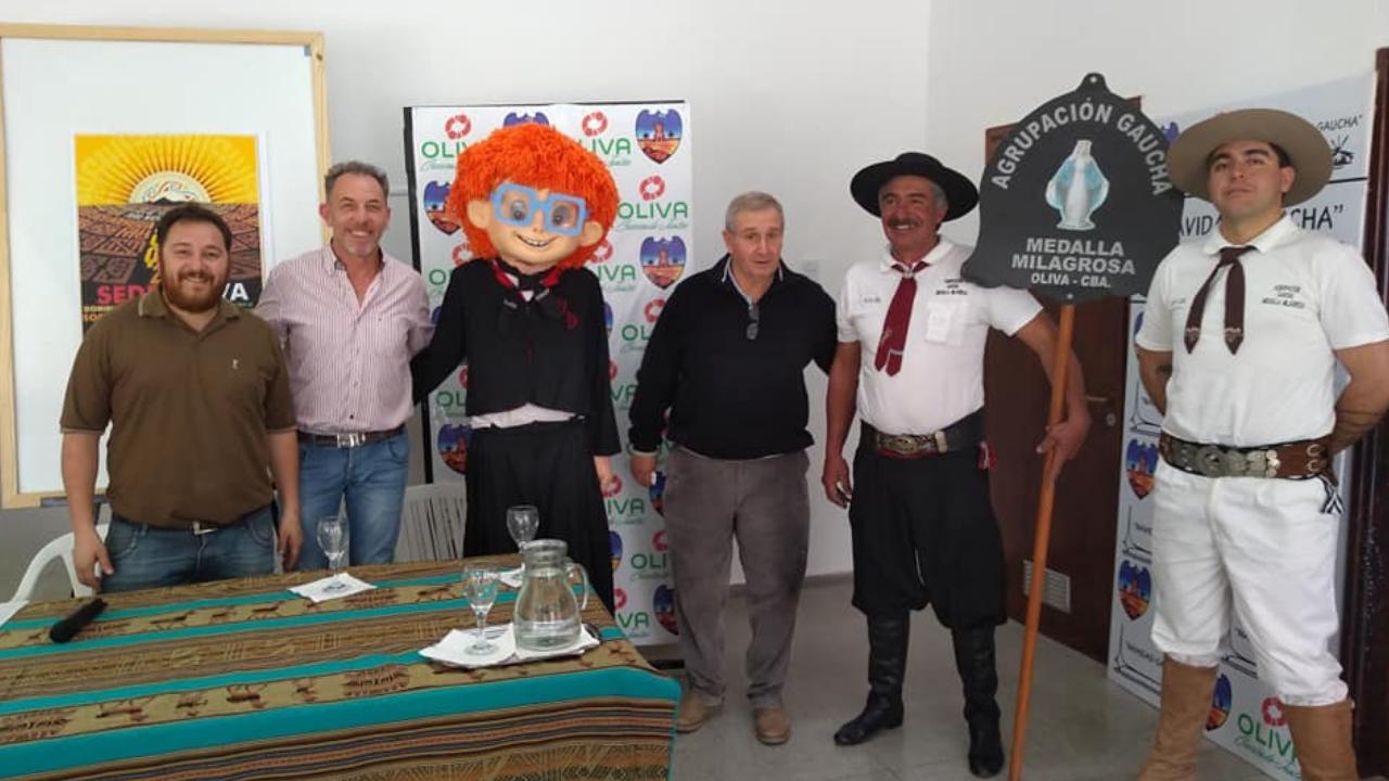 Conferencia de Prensa del Precosquin