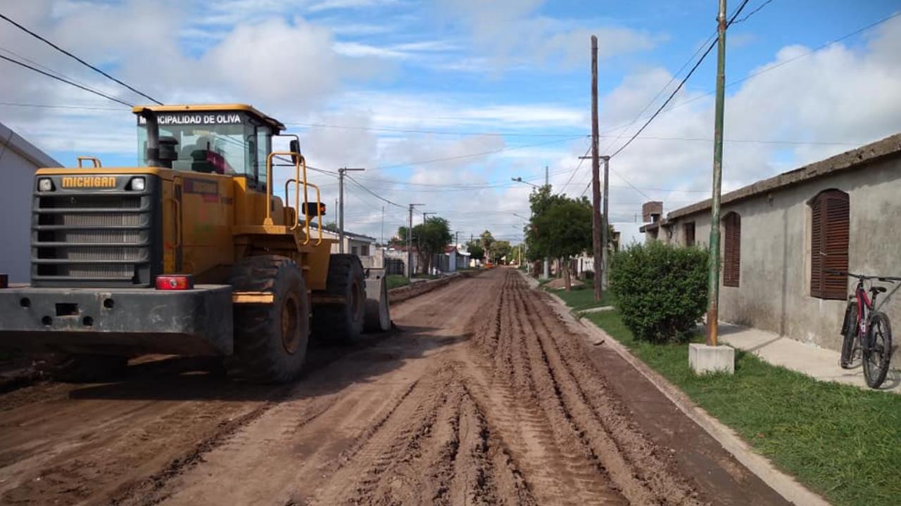 Pavimento  en calle Pablo Mayori